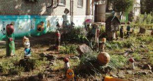 Герої мультфільмів під під'їздом: в харківському дворі з'явилася незвичайна інсталяція (Фото)