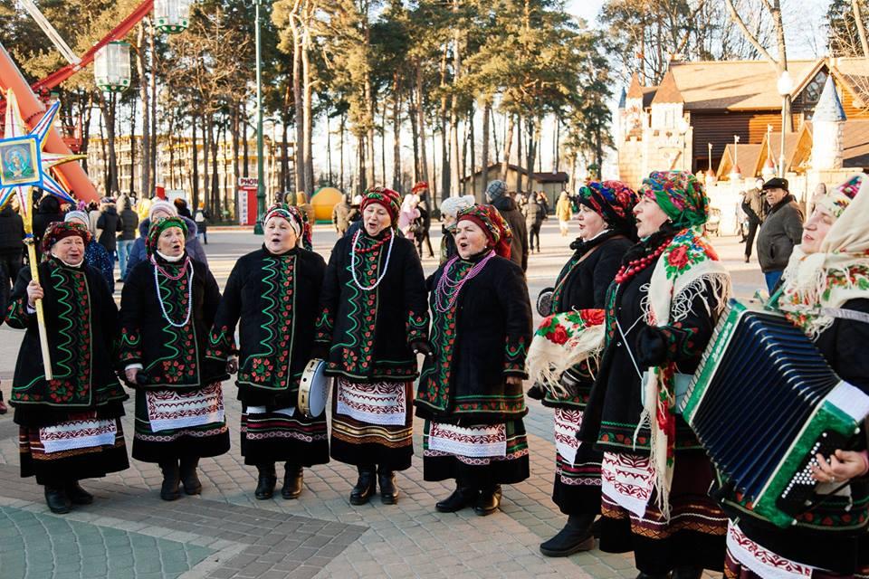 Жители 30 городов Украины и 5 стран мира одновременно исполнят колядку