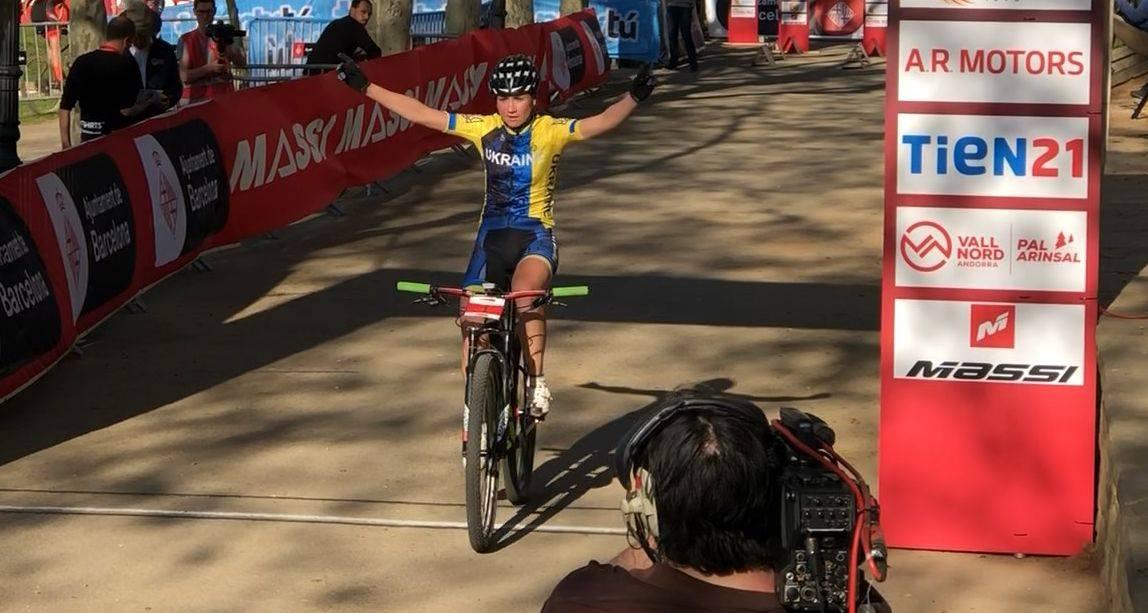 Харьковчанка выиграла велогонку в Испании (фоторепортаж)