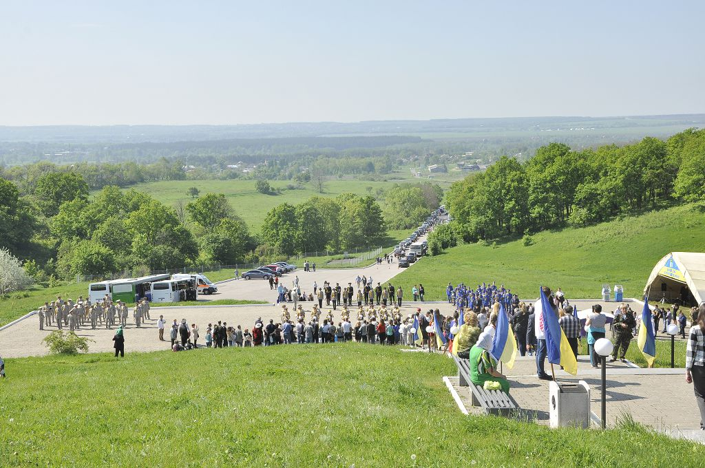 """9 мая на """"Высоту маршала Конева"""" будут ездить бесплатные автобусы - ХОГА"""