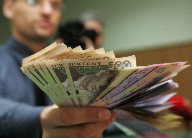 У Харкові суттєво зросла середня зарплата: опубліковані цифри