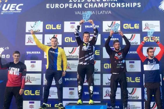 Велогонщик з Куп'янська виграв «срібло» чемпіонату Європи