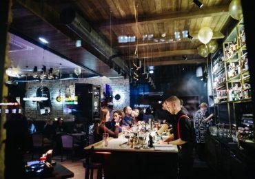 Ресторан і бар Naglec відкрили на Саксаганського