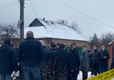 Зеленский приехал к сгоревшему зданию дома престарелых в Харькове (видео, обновляется)