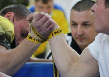 Харьковские спортсмены завоевали 11 медалей чемпионата Украины по армспорту