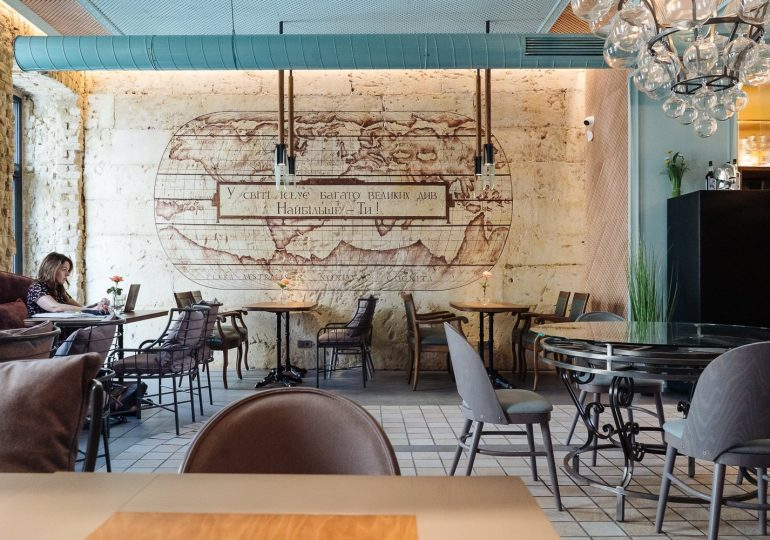Міське кафе «Будинок великого дива» біля «Олімпійської»